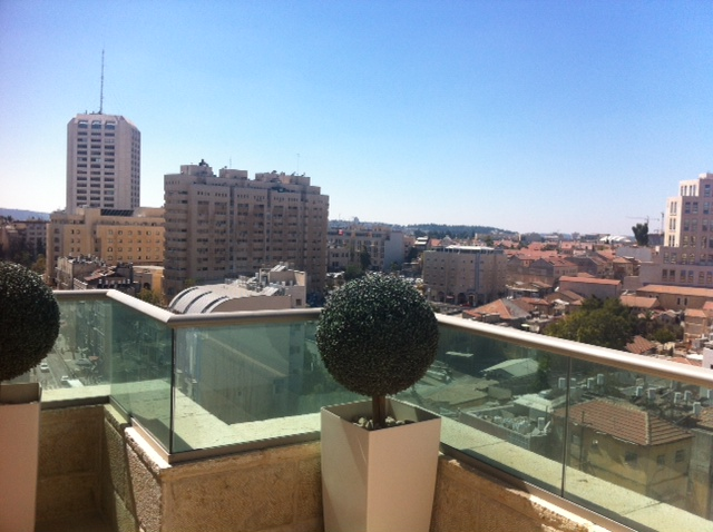 For Sale 3 Bedroom Penthouse On Strauss In City Center Geula Mja Real Estate Nadlan