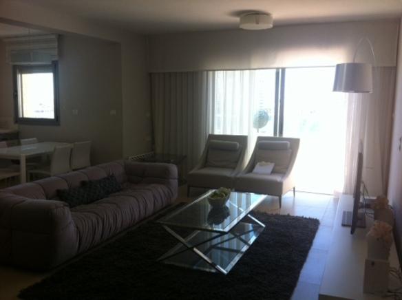 Strauss PH living room
