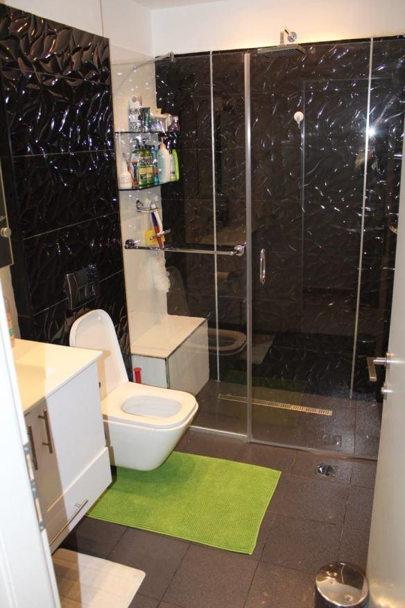 Saidoff 9fl bathroom 1